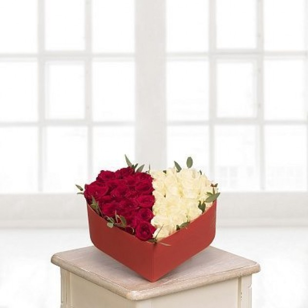сердце из 43 роз